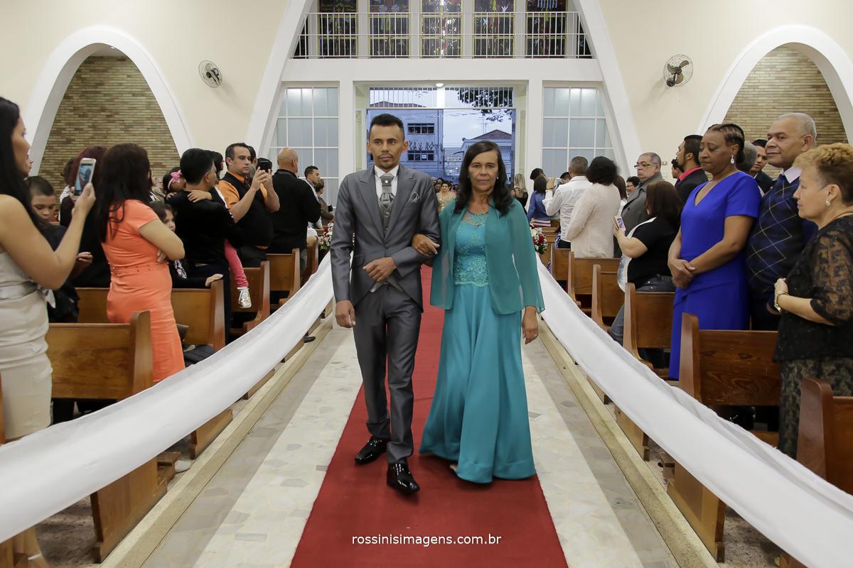 casamento-suzano-tami-e-edival-chacara-encanto-das-aguas-suzano-sp-fotografo-de-casamento-rossinis-imagens-fotografia-e-video-fotografia de casamento suzano - entrada do noivo