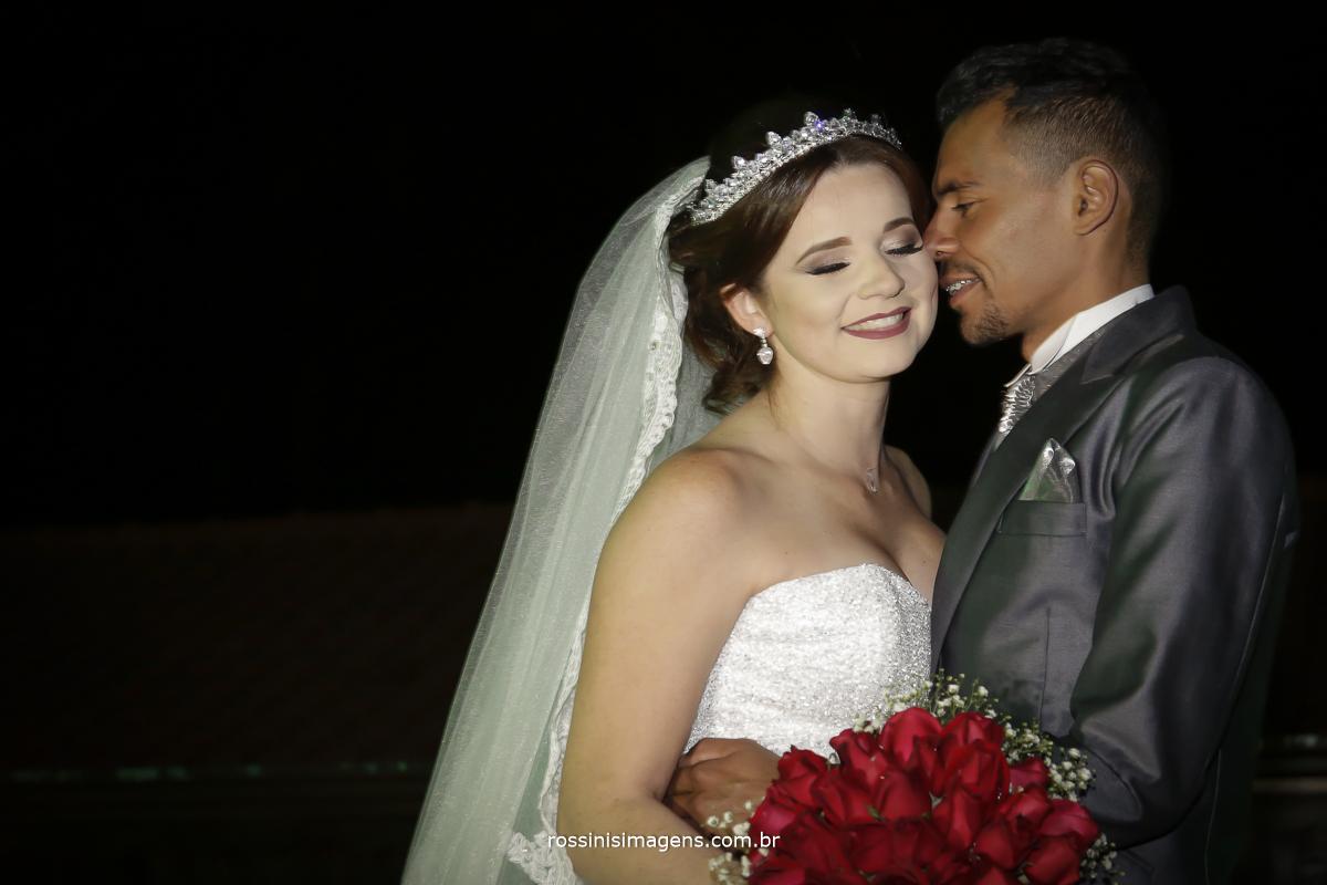 casamento-suzano-tami-e-edival-chacara-encanto-das-aguas-suzano-sp-fotografo-de-casamento-rossinis-imagens-fotografia-e-video-fotografia de casamento suzano - sessão de fotos com os noivos