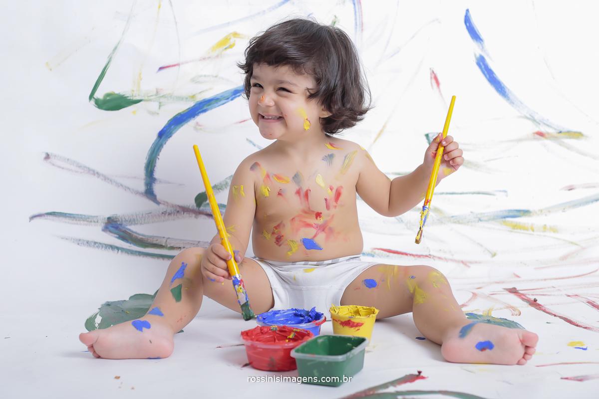 banner-quadro-sessão-de-fotos-aniversário-sp-de-dia-kevin-2-anos-suzano-sp-fotografo-de-aniversario-rossinis-imagens-tema-da-galinha-pintadinha-familia-montanha-estudio