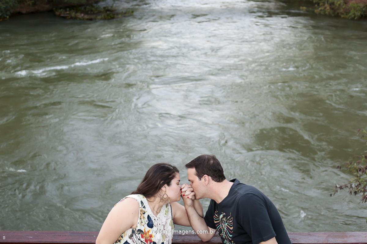 e-session de casal em Guararema, fotografo de ensaio em Guararema-SP