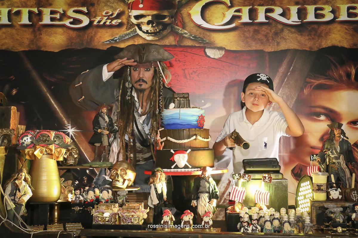 piratas procurando terra a vista, festa de aniversario do jack sparrow