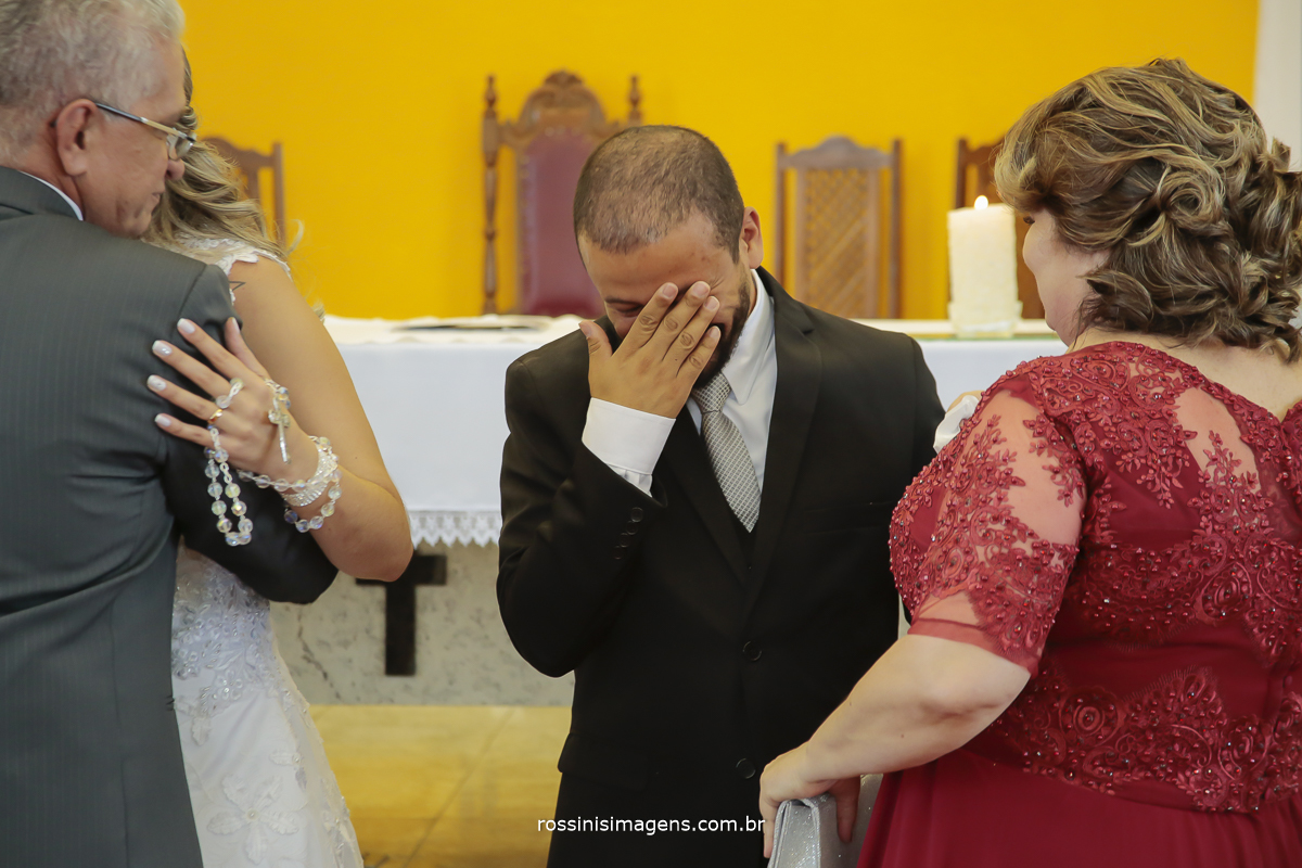 comprimento doa pais da noiva na saída dos noivos da igreja