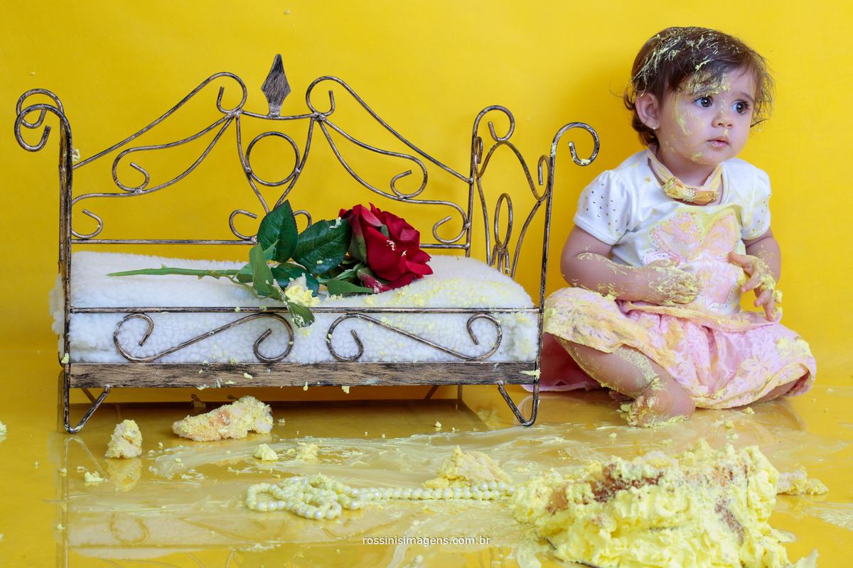 estúdio de fotografia e vídeo especializado em ensaio gestante, ensaio newborn, acompanhamento, smashing the cake