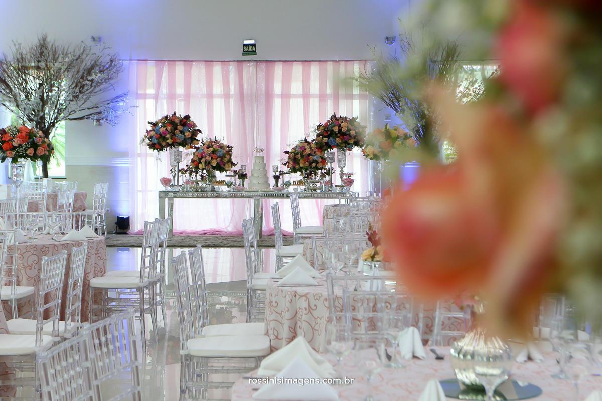chácara torres pronta para receber o casal Julianne e Will com decoração maravilhosa da Emini Flower Decor arrasando na decoração de casamento