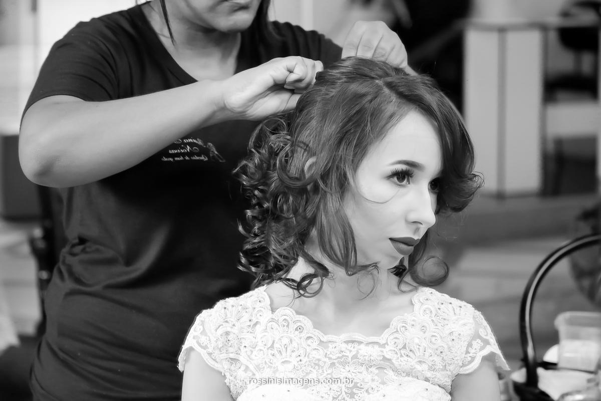 lindo penteado de noiva para casamento, o dia mais importante da noiva, rossinis imagens fotografia e video, imagem