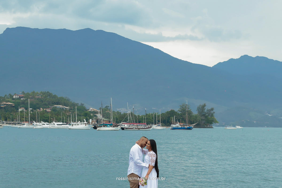 fotografia de casal em Ilhabela-sp lugar paradisíaco,