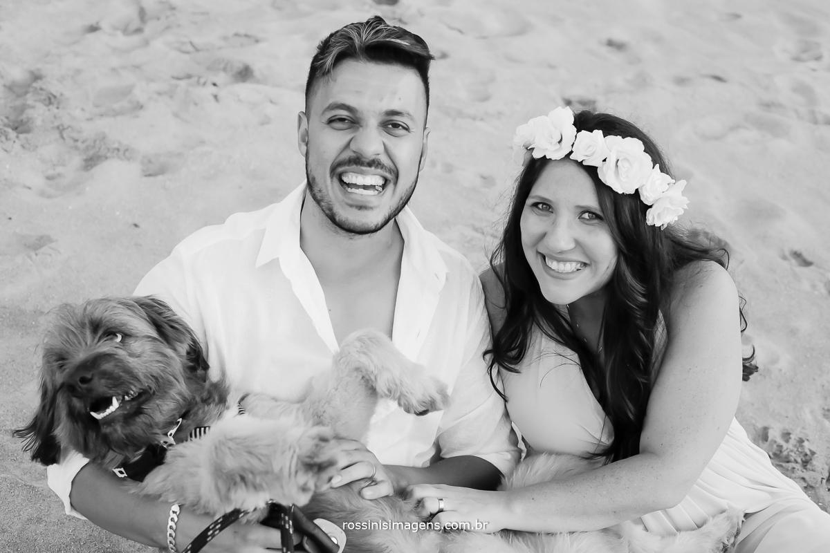 família feliz Ilhabela lugar lindo pra cessão de fotos de gestante, casal, família, casamento