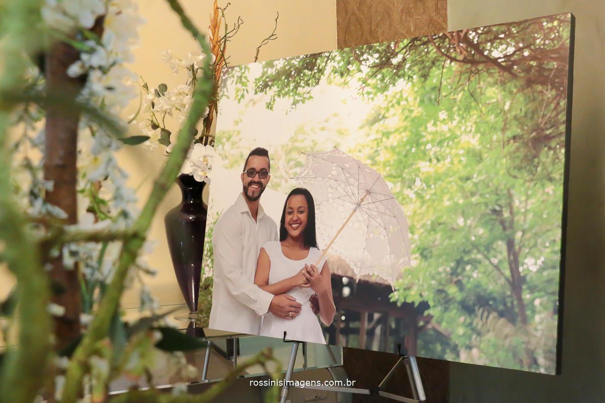 um lindo e maravilhoso painel para a recepção do casamento, Midian e David