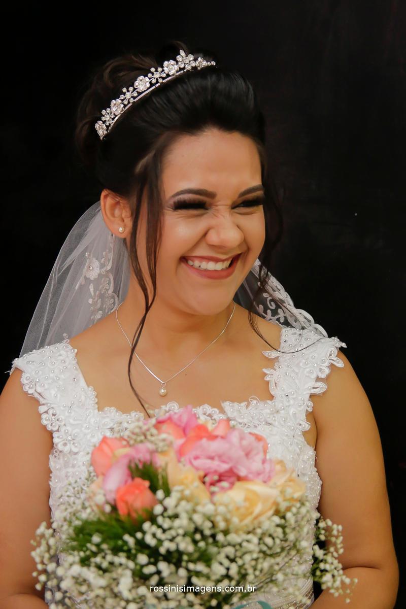 rossinis imagens, noiva feliz radiante , para o incrível casamento, registando a arte e a emoção de cada detalhes, foto e video, fotografia e filmagem, videomaker wedding