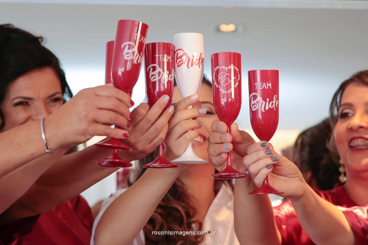 taças personalizadas para o casamento, ideias, dicas, e inspirações para noivinhas antenadas, Team Bride, Thais e Alexandre wedding day, Rossinis Imagens - Fotografia e Video de Casamento