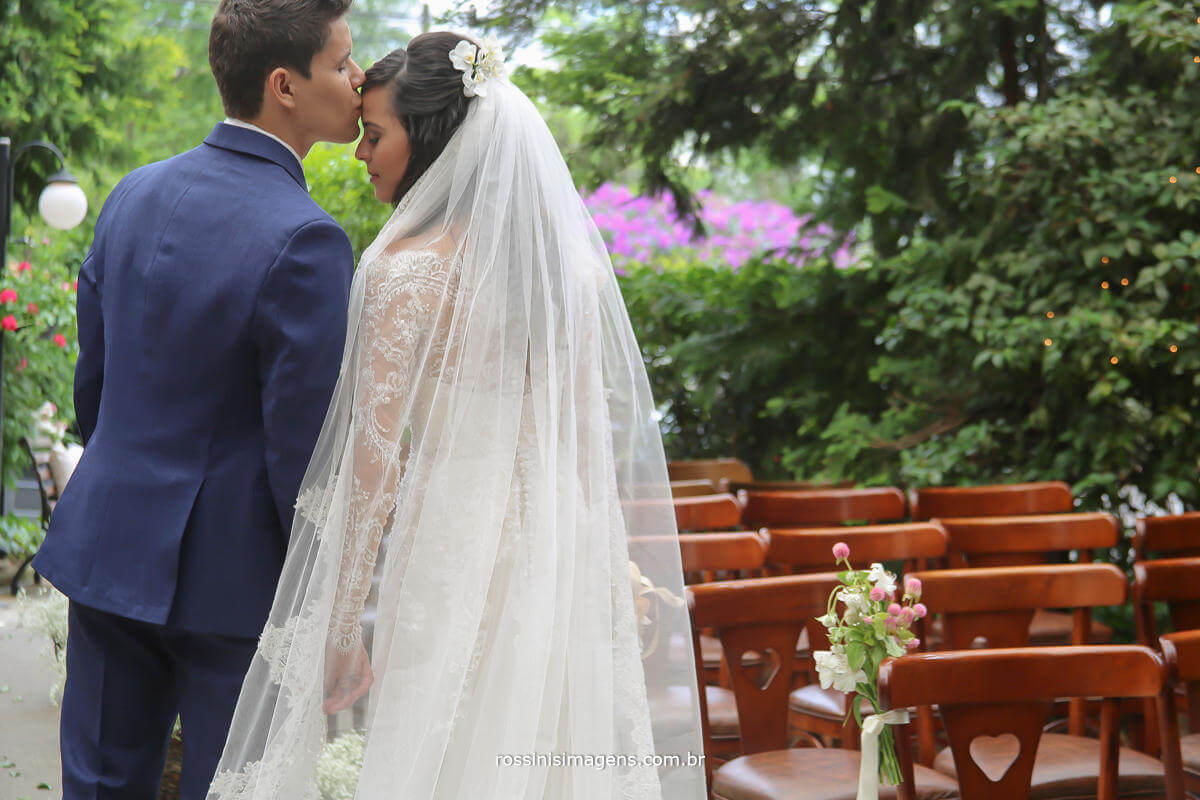 sessão de fotos com o casal, de acordo com a disponibilidade do espaço, fotografo de casamento