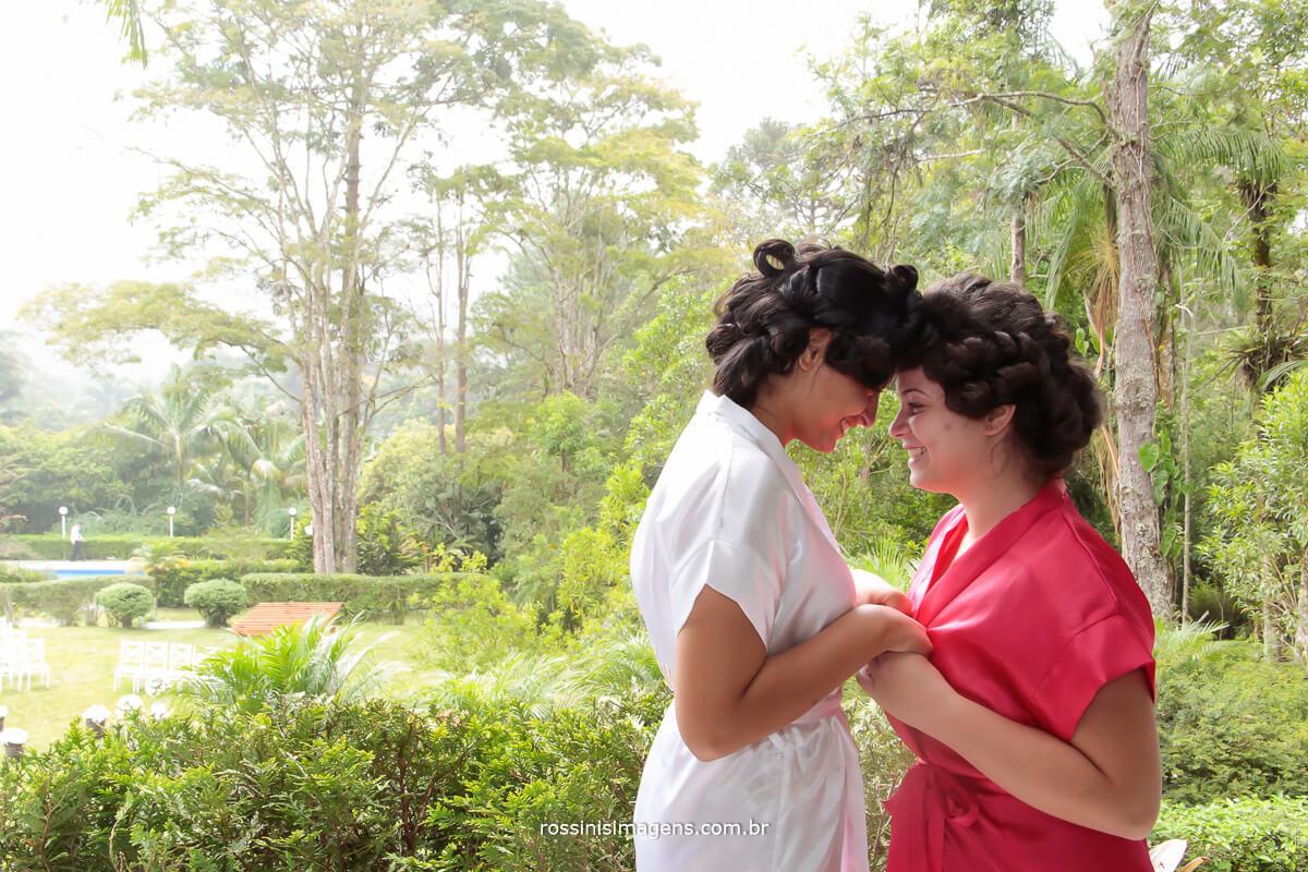 noiva e mãe no grande dia, foto de making of