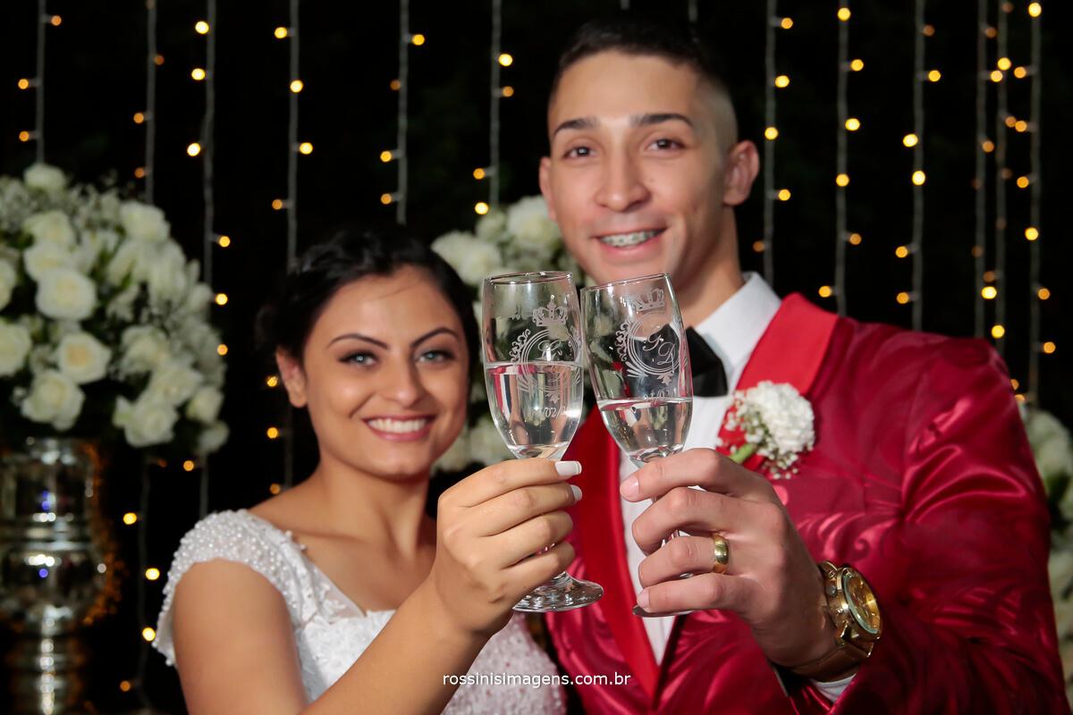 o brinde do casal e viva o casamento, wedding day bride