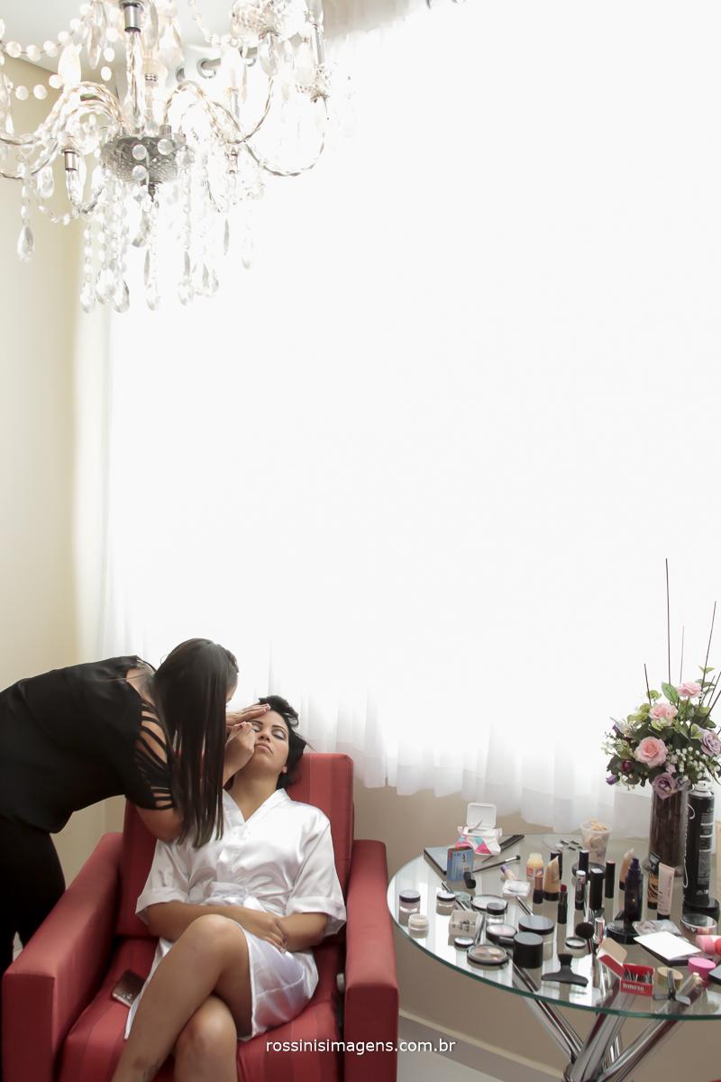 maquiagem da noiva, dia da noiva, making of , wedding day, preparação fotografia de casamento rossinis imagens