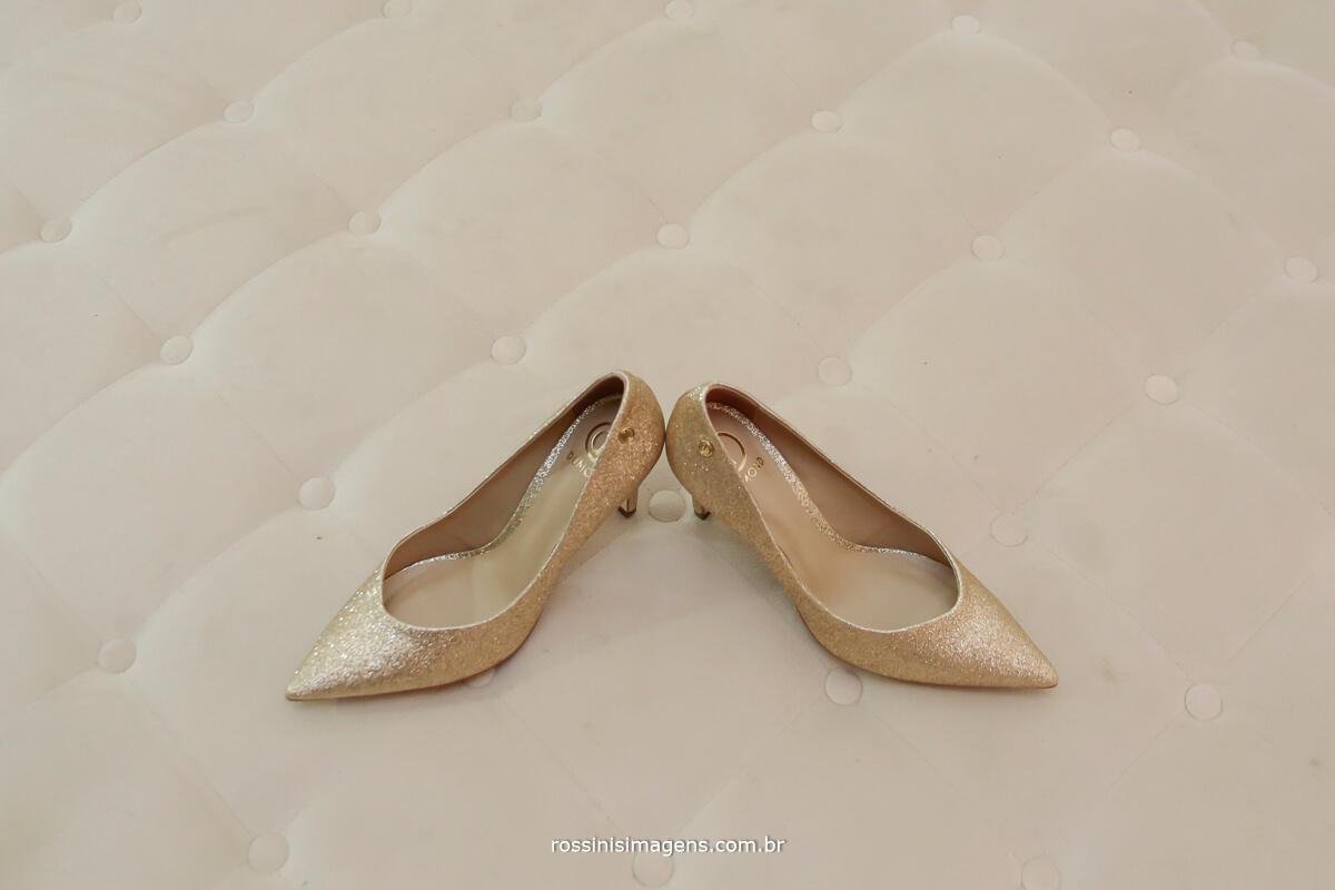 sapato da noiva. sapatos femininos para ocasiões especiais, sapatos para casamento, sapatos para noiva