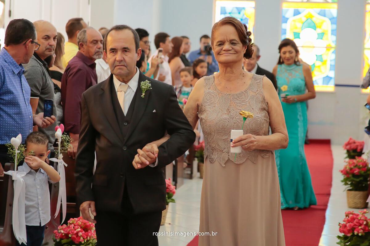 fotografia de casamento entrada dos pais da noiva luciana, casamento são paulo