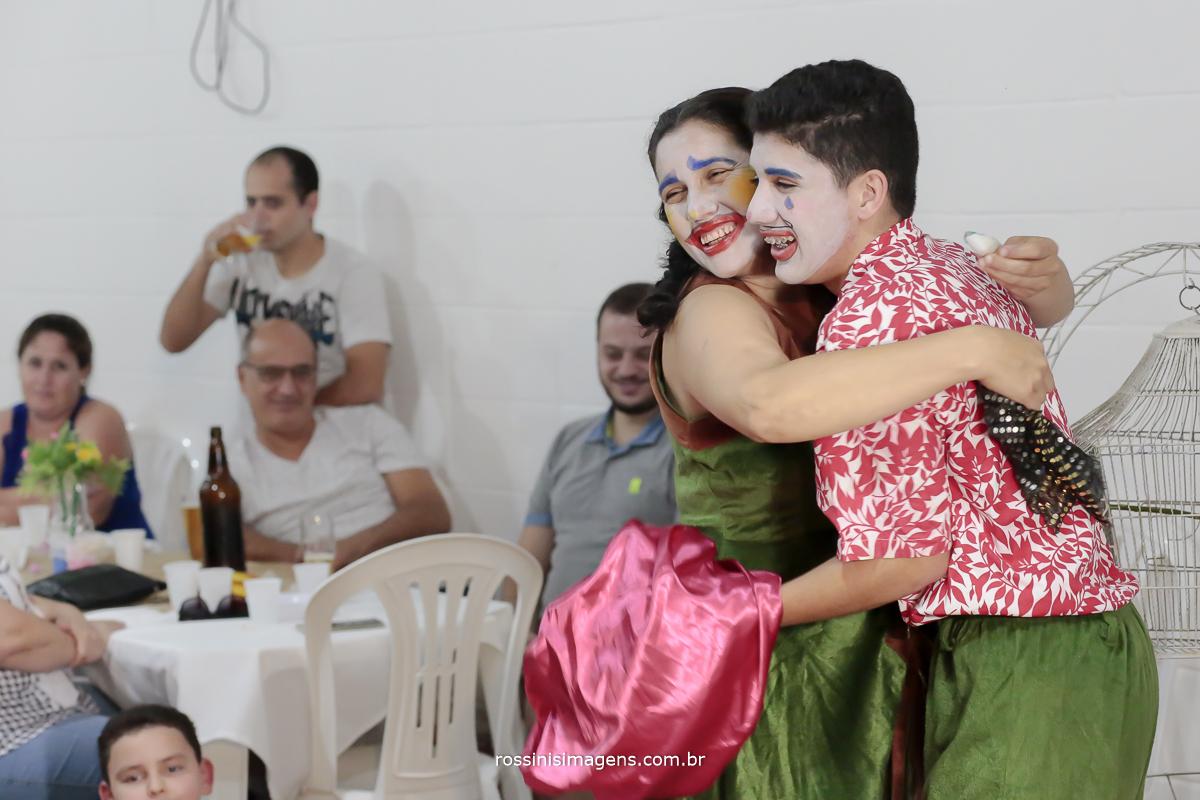 rossinis imagens fotografia e video de aniversario infantil em mogi das cruzes, apresentação de teatro