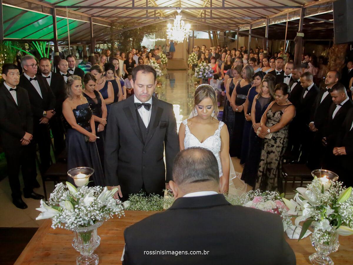 wedding dai Gisele e Samer em Garden Fest Arujá, espaço para casamentos, cerimonia de casamento realizada no período da noite
