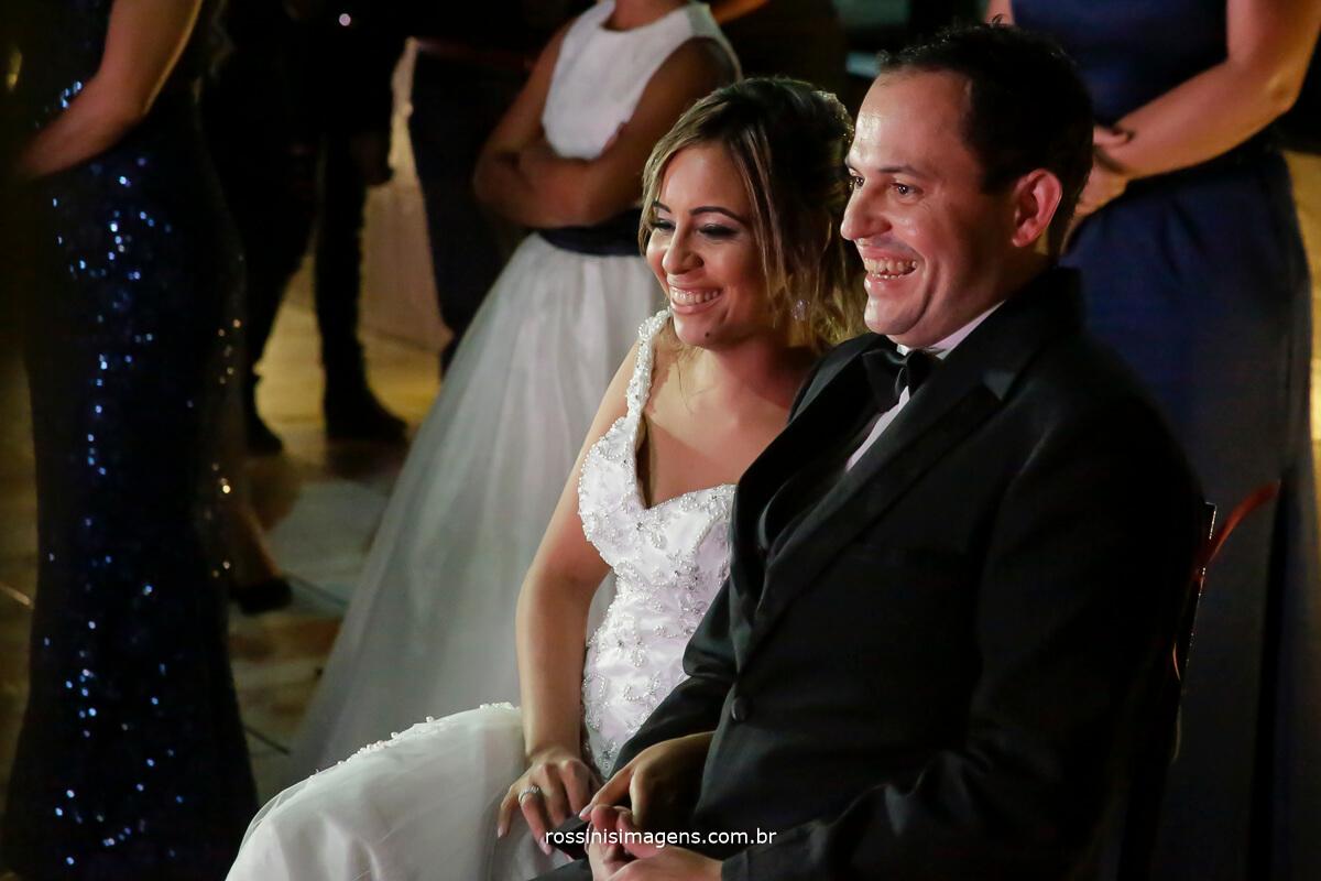 retrospectiva Gisele e Samer noivos felizes e Emocionados com esse momento de contar a Historia dos noivos, wedding day Rossinis imagens, fotografia e video Arujá