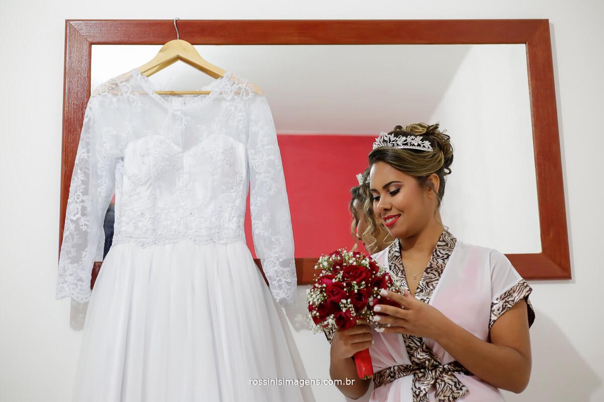 noiva buque, e vestido toda a preparação da noiva, fotografia de casamento rossini's imagens, rossinis