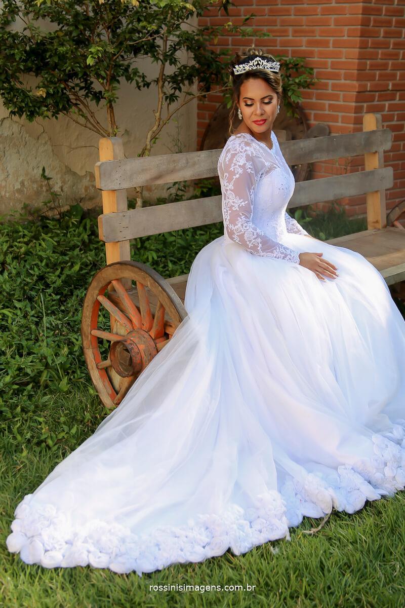bride, noiva, wedding day, wedding, casamento enlace matrimonial, salão do reino , chácara, making of , dia da noiva, vestido de noiva lindo
