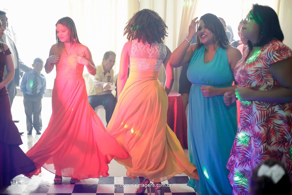pista de dança noiva na balada,