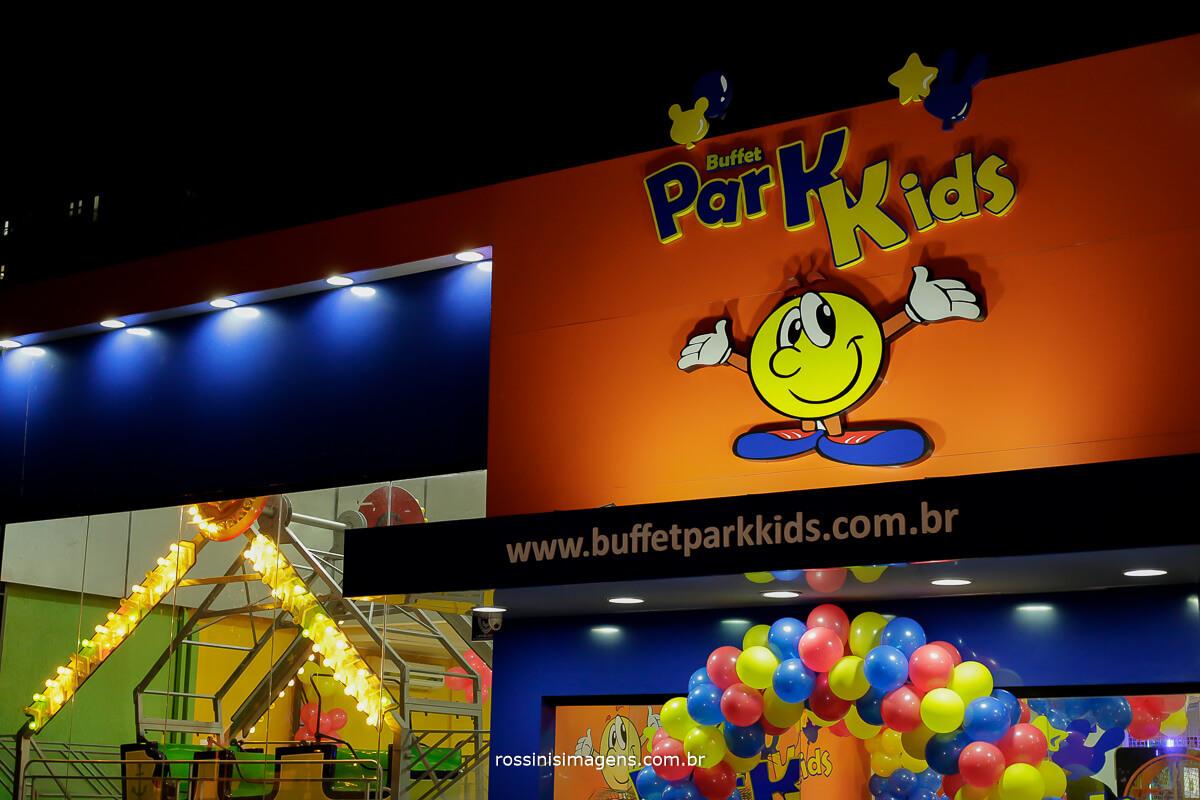 fachada do buffet, buffet infantil para festas, festa de aniversario natalia 5 anos branca de neve e os sete anões, rossinis imagens fotografia