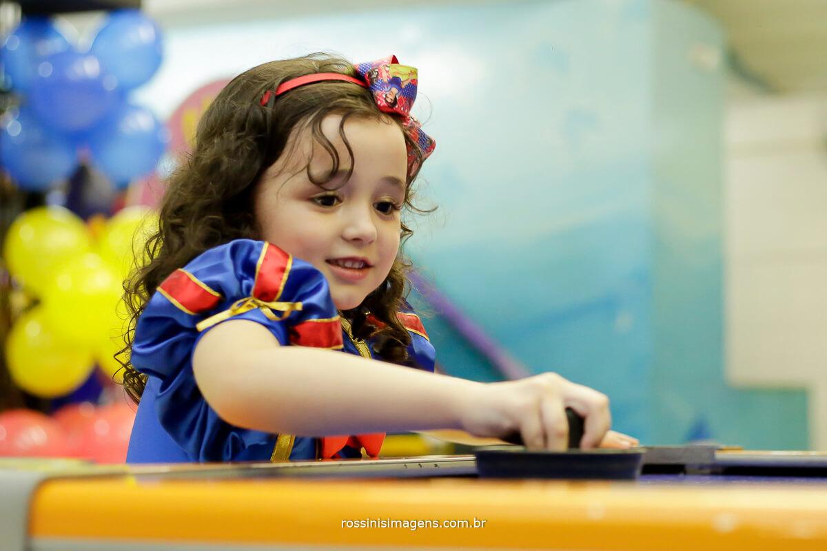fotografia de festa de aniversário infantil, festa de crianças