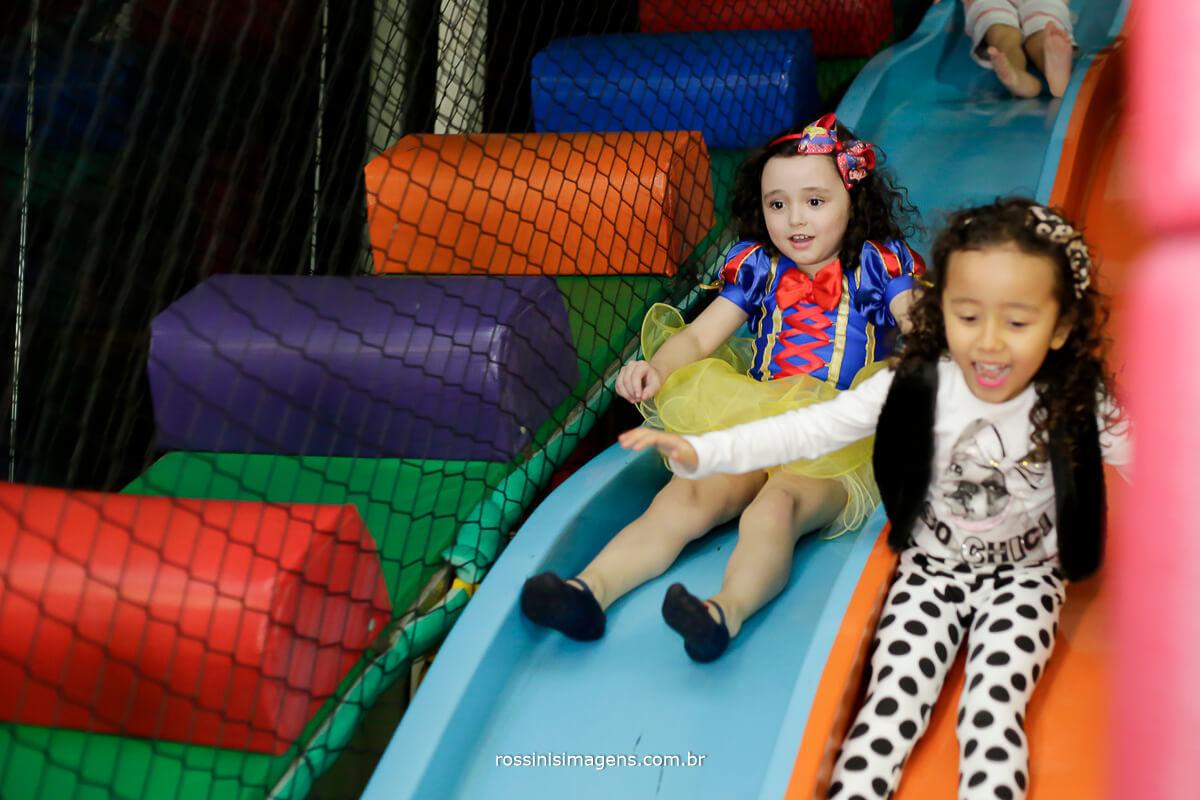 foto de aniversario infantil buffet park Kids e rossinis imagens