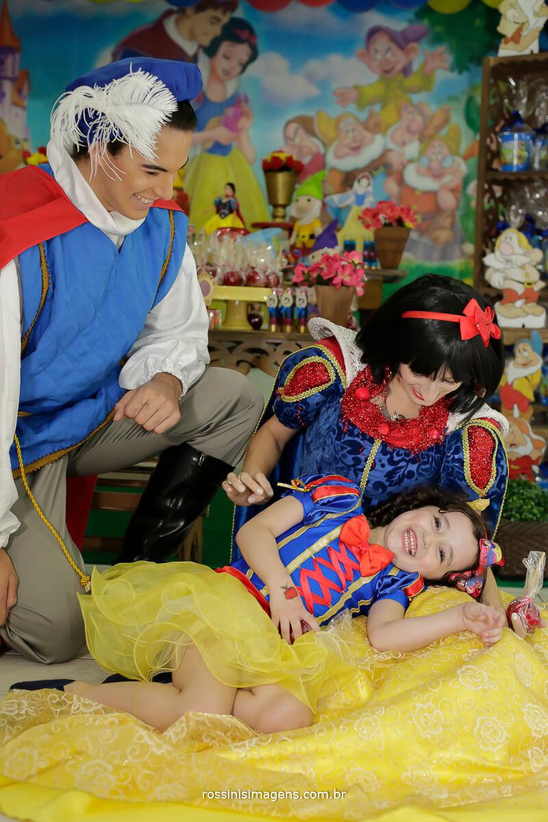fotografia de criança brincando no aniversario em buffet infantil em suzano