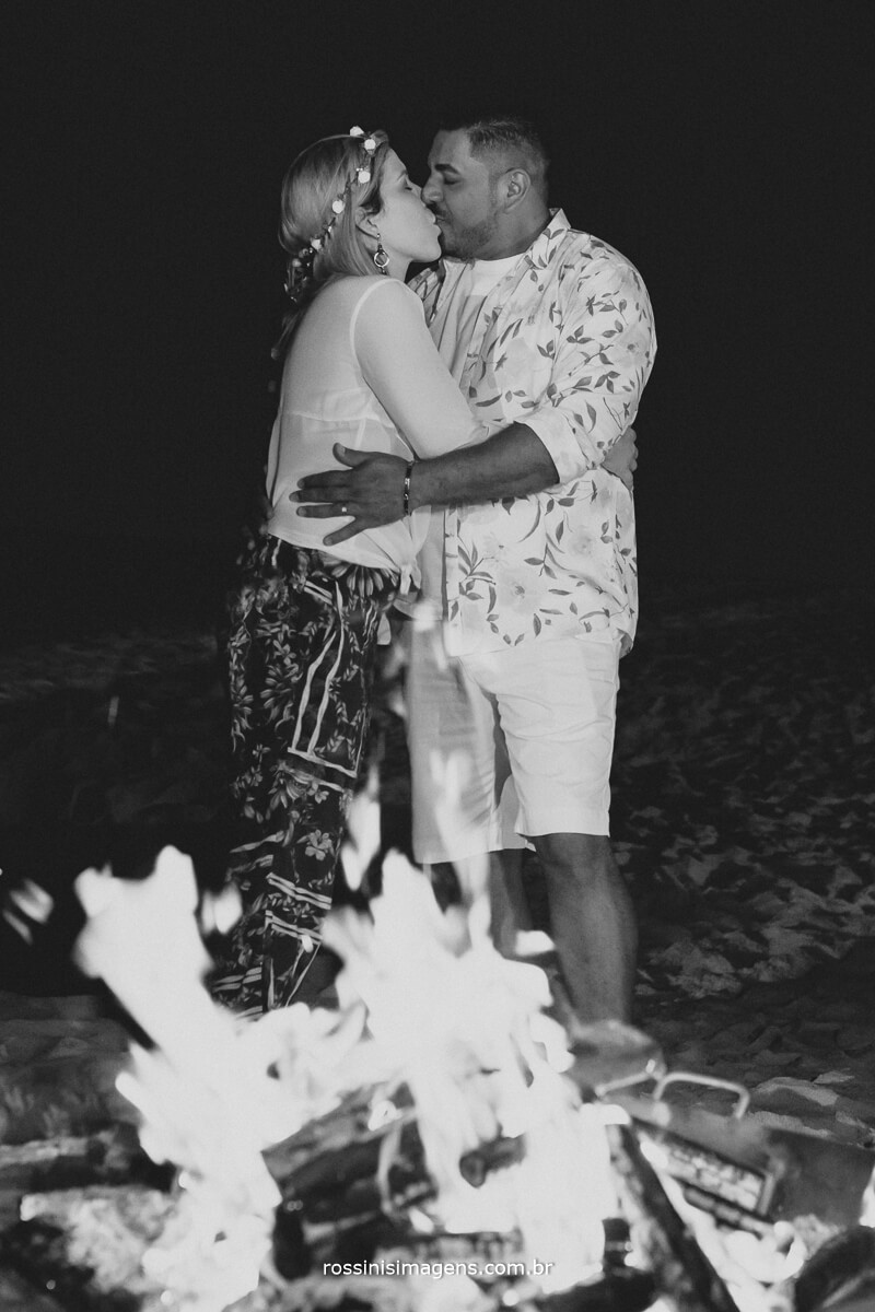 casal comemorando a renovação de votos, de bodas de madeira, 5 anos de casados, #RenovacaoRoeEdu , Rossinis Imagens, Gisa Araujo, Casa 28