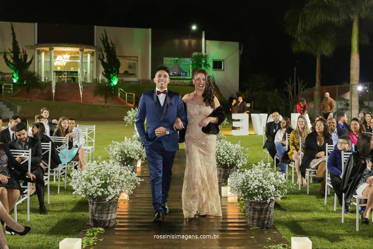 entrada do noivo, casamento na chácara torres em poá, por rossinis imagens, casamento ao ar livre, de noite
