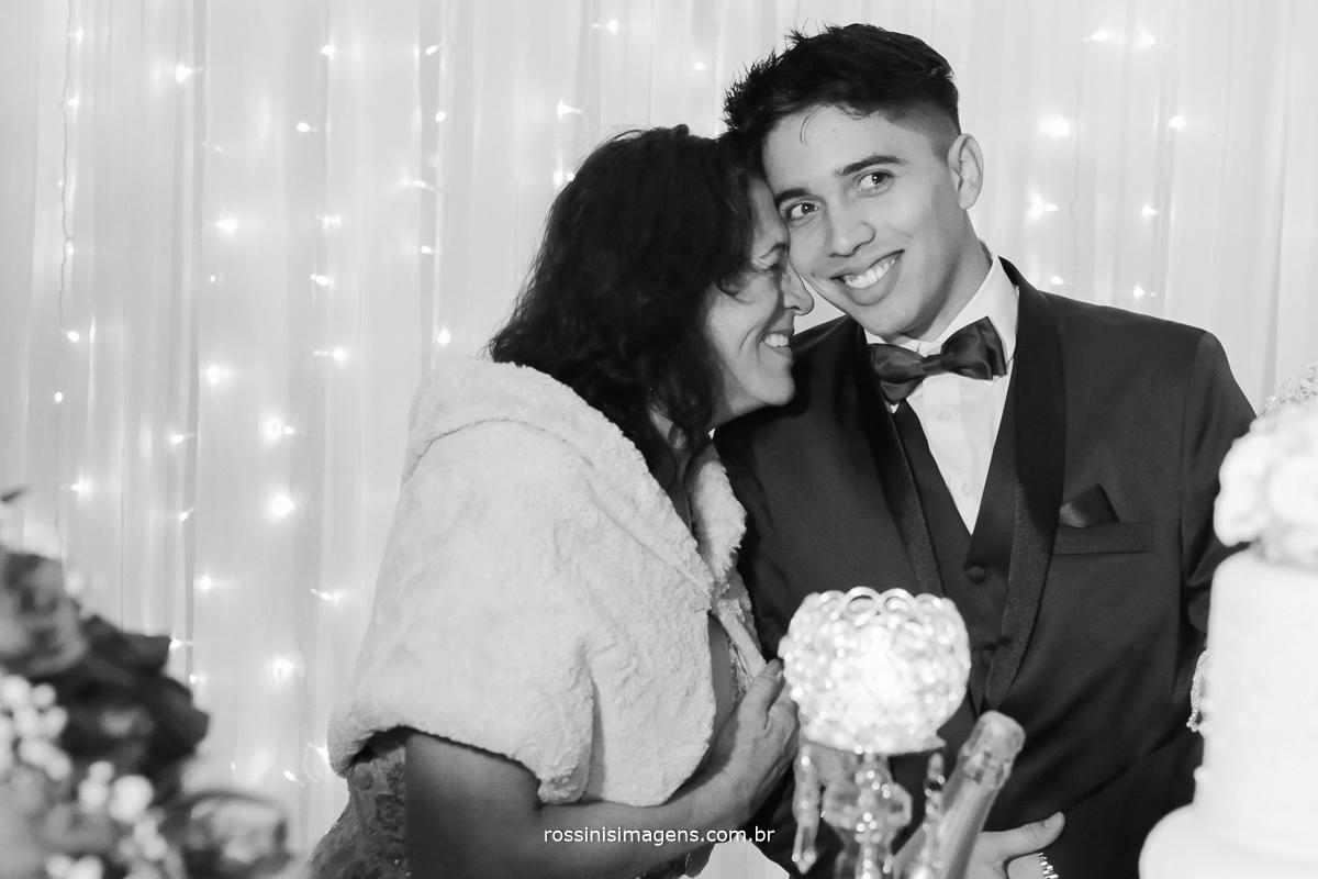 mãe do noivo, na mesa do bolo, lembranças do casamento, wedding mesa do bolo