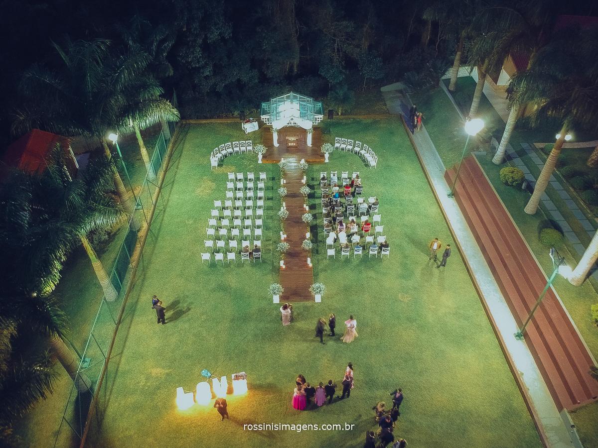 fotografia noturna com drone, Chácara Torres, imagens aéreas de cerimonia, casamento em poá, rossinis imagens