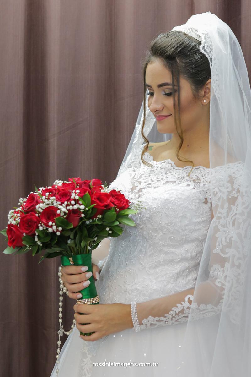 dia da noiva em suzano sp rossinis imagens fotografia de casamento em Suzano sp, buquê vermelho