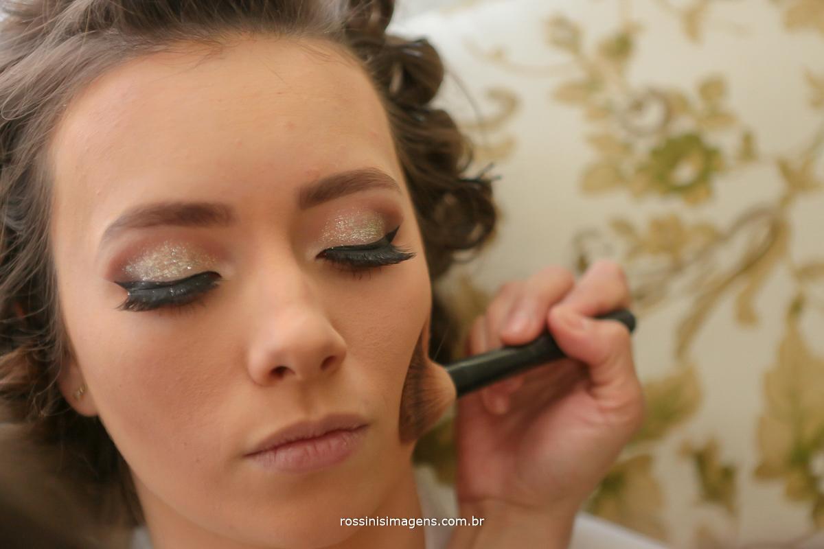 casamento em poa noiva na casa da avó, maquiagem, make up, dia da noiva, rossinis imagens
