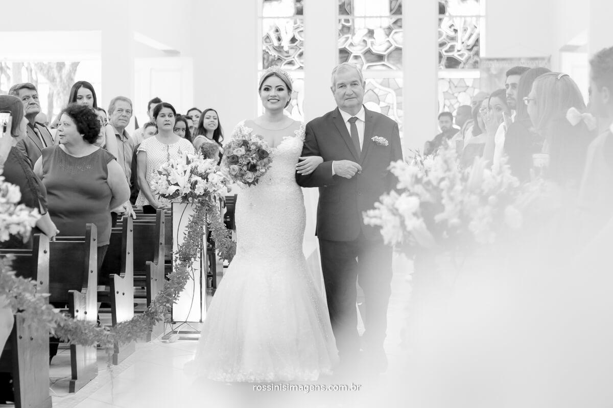 fotografo de casamento em suzano sp rossinis imagens, entrada da noiva