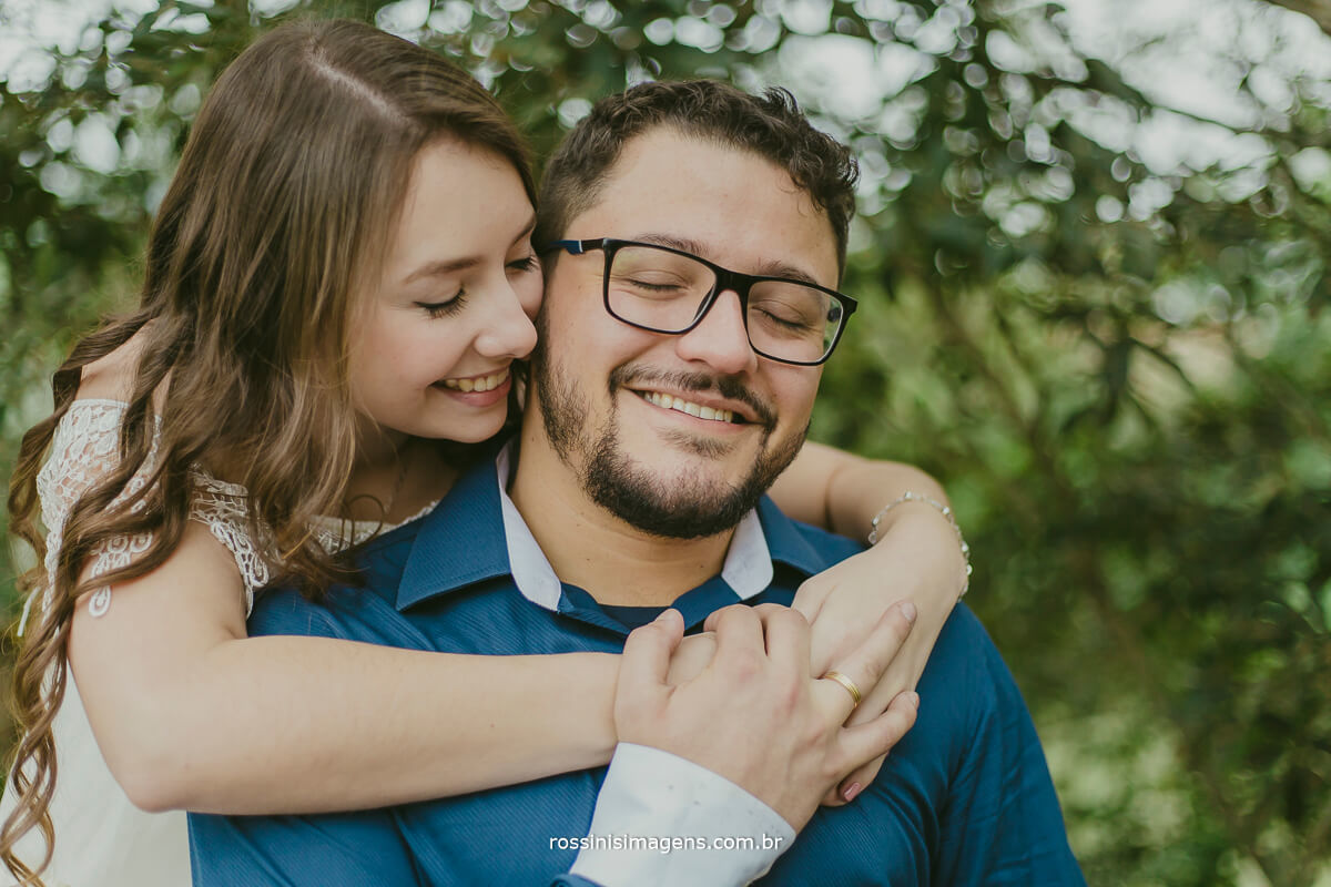 fotografo de ensaio pre casamento em Guararema sp rossinis imagens, casal romantico e apaixonado que nos escolheram para registar esse incrivel momento