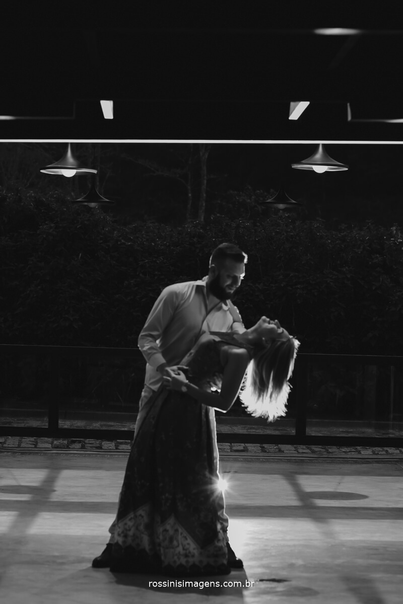 fotografo de ensaio pre-casamento rossinis imagens guararema - mogi - suzano - poa, fotografia pb