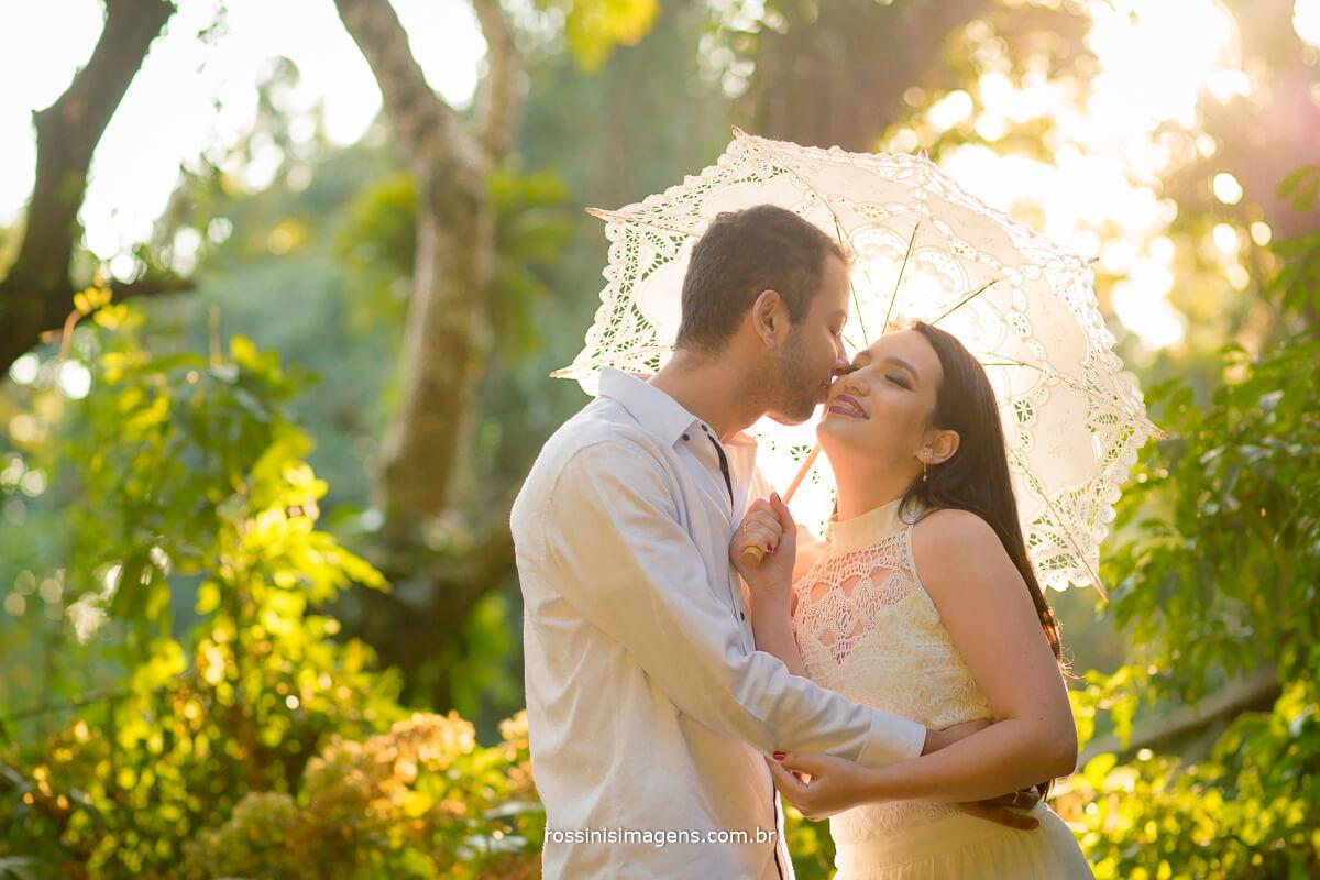 fotografo de ensaio pre casamento em campos do jordao sp rossinis imagens, casal de noivos