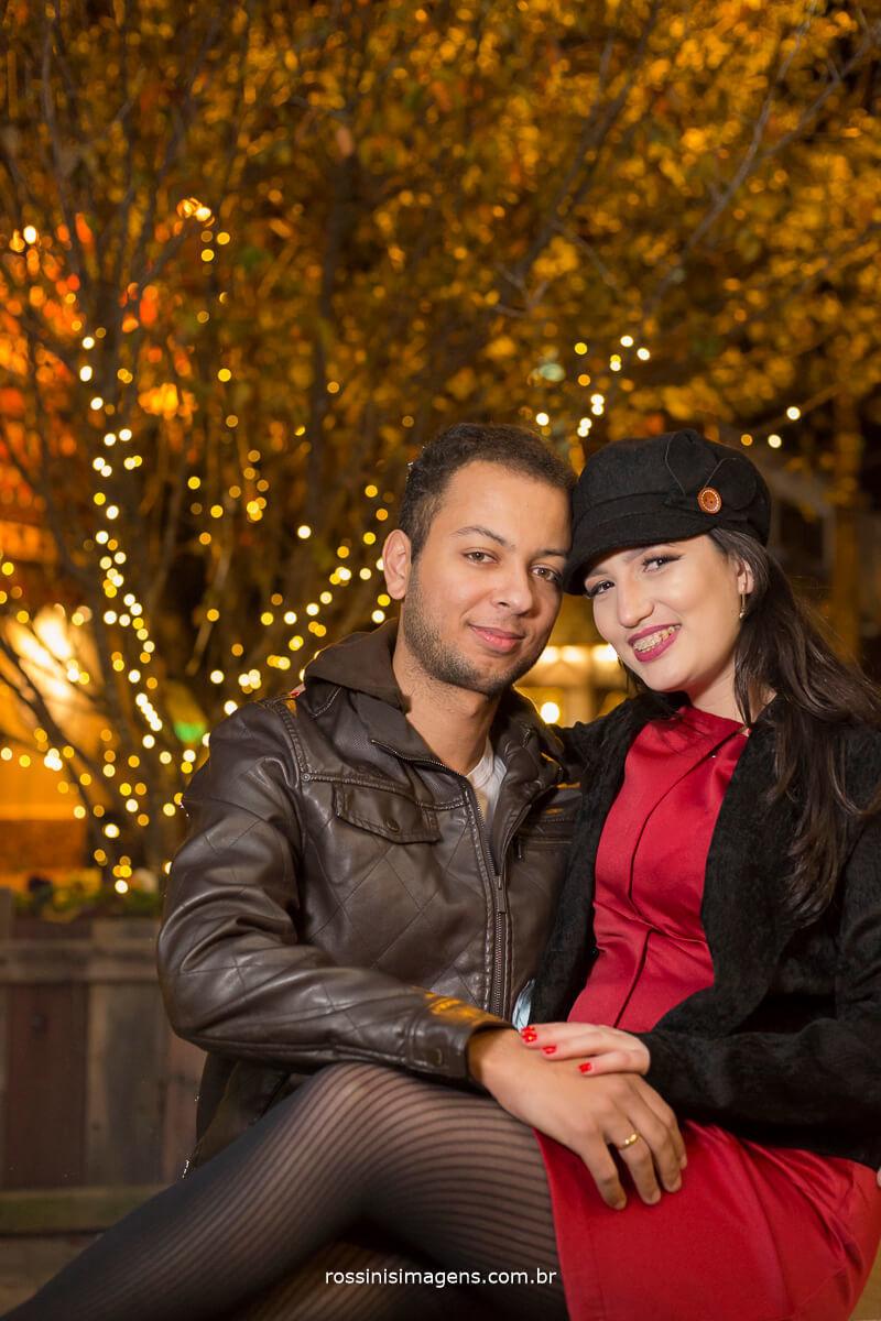 fotografo de ensaio pre casamento em campos do jordao sp rossinis imagens, clima frio de campos do jordao casal alegre e romantico