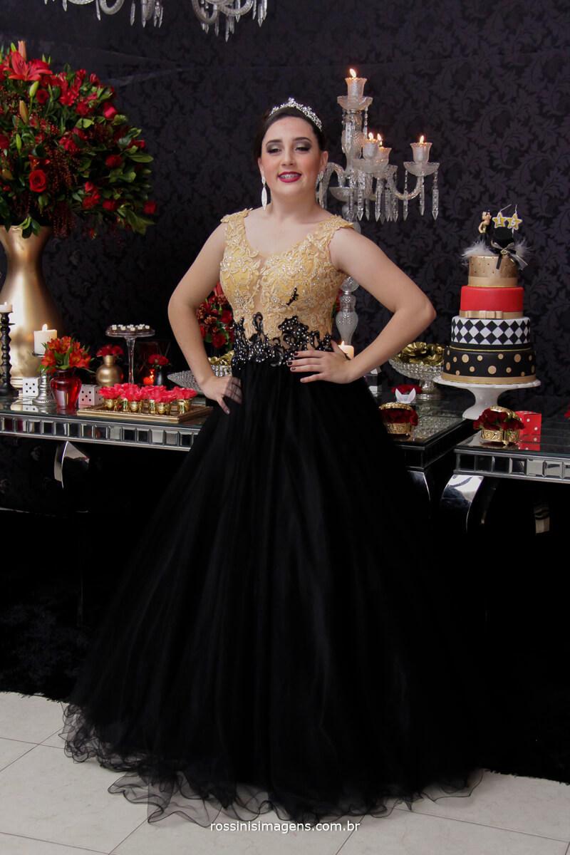 fotografo-festa-de-15-anos-debutante-rossinis-imagens-suzano-sp, vestido luxo festa de 15 anos, debutante andressa