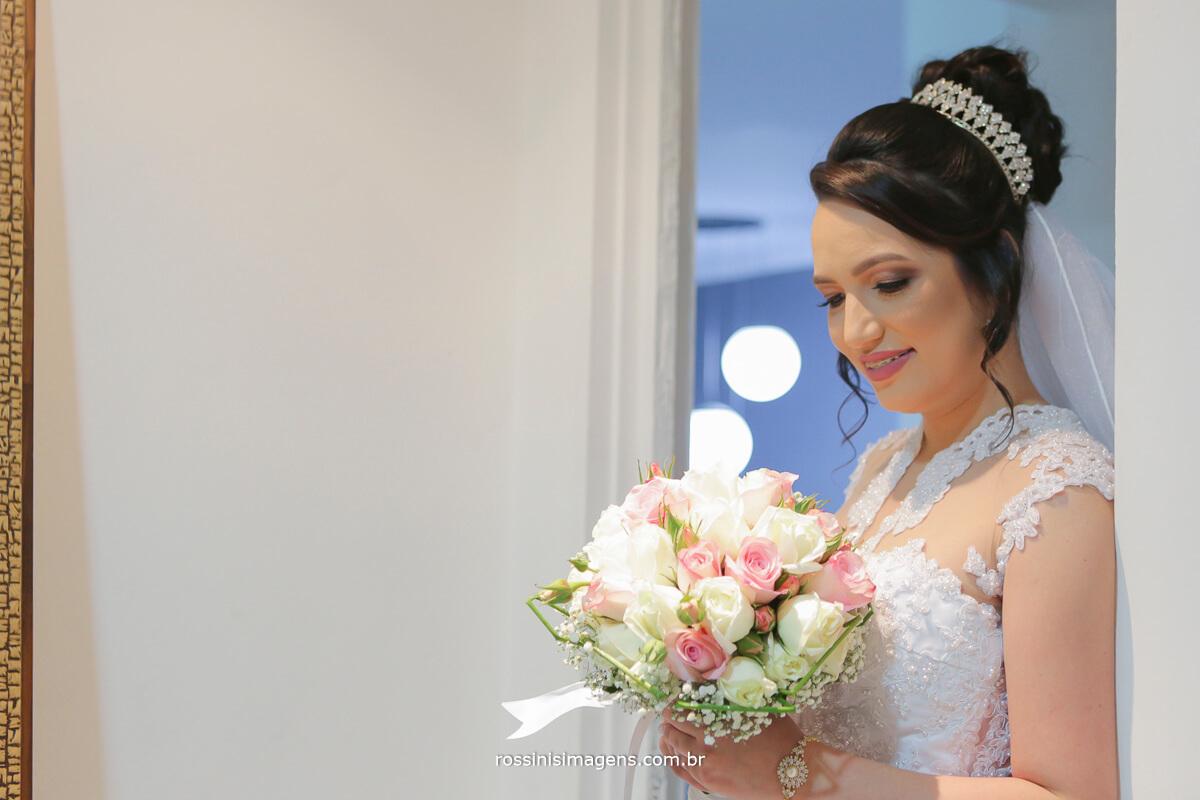 fotografo de casamento em garden fest aruja - sp Rossinis Imagens, buquê de noiva