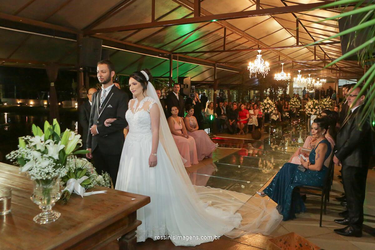 fotografo de casamento em garden fest aruja - sp Rossinis Imagens, vestido da noiva, casamento em arujá
