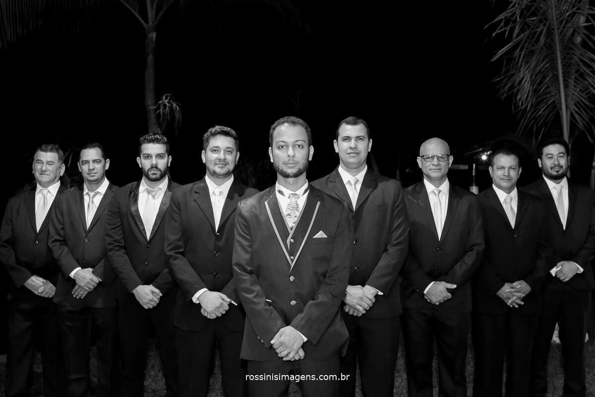 fotografo de casamento em aruja-sp Rossinis Imagens, sessao de fotos com os padrinhos no garden fest