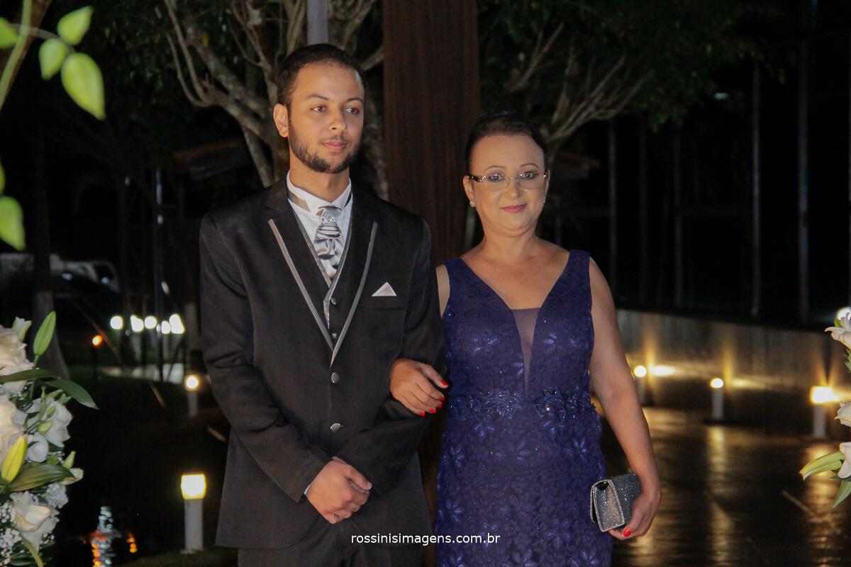 fotografo de casamento no garden fest em aruja-sp Rossinis Imagens, entrada do noivo na cerimonia