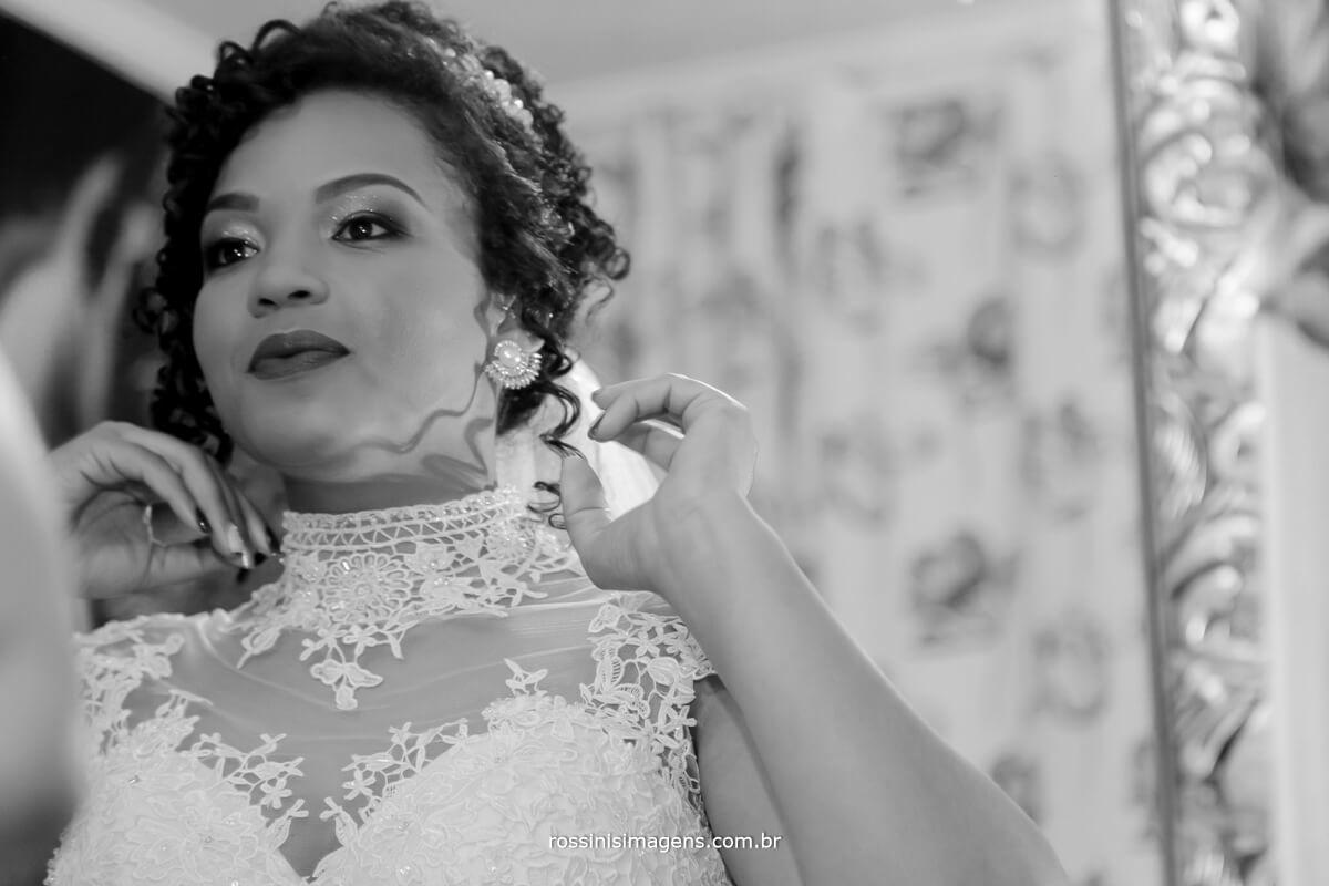 fotografo de casamento em suzano sp rossinis imagens, noiva no espelho se olhando