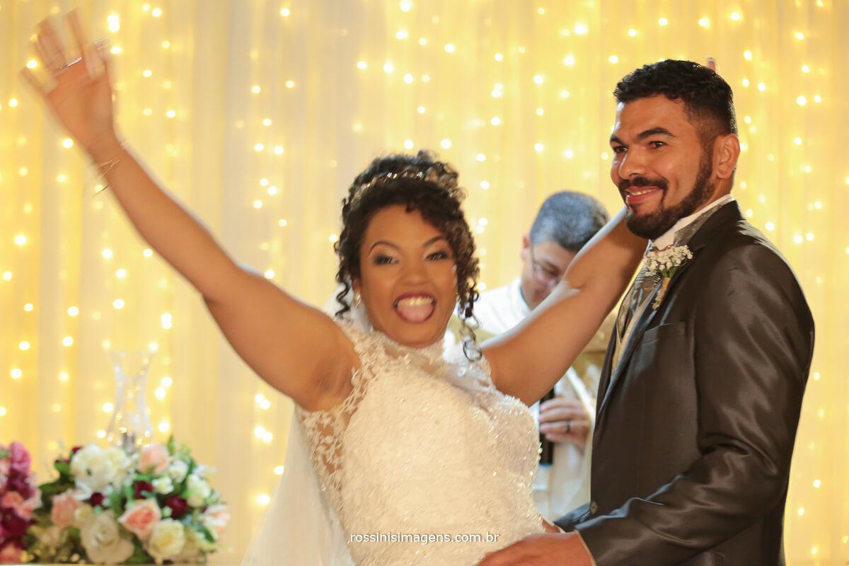 feliz casados, beijo de casados, recem casados