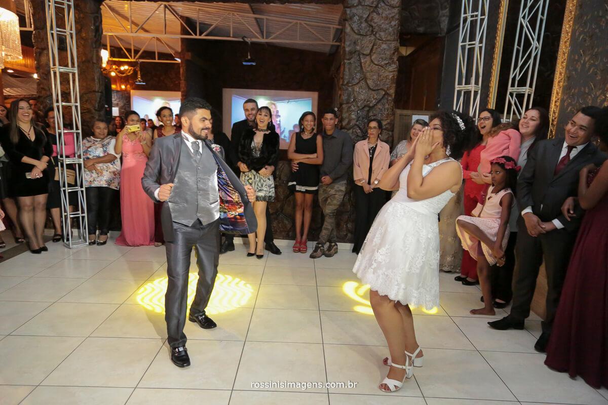 danca dos noivos stefane e roberto na chara encanto das aguas em suzano