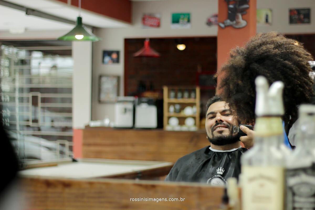 fotografo de casamento em suzano sp rossinis imagens, dia do noivo em suzano, barbearia caligaris